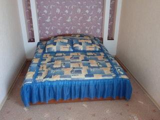 Продам спальню вместе с матрасом