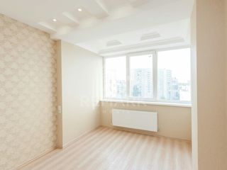 Se vinde apartament cu 2 camere, str. Mircea cel Bătrân, 39500 €