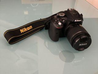 Vând aparat foto Nikon D5300 în stare foarte bună