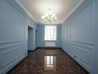 Se dă în  chirie oficiu modern și spațios, amplasat în centrul orasului Chișinău, str. A. Mateevici!
