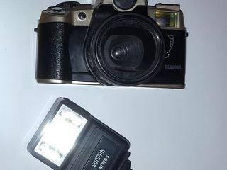 фотоаппарат и вспышка 100 лей все