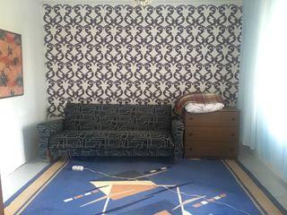 Casă cu 2 camere + living, 50 mp, sect. Ciocana, 39900  €