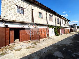 Garaj cu suprafața de 100 mp, Buiucani - str. Alba Iulia 13000 €