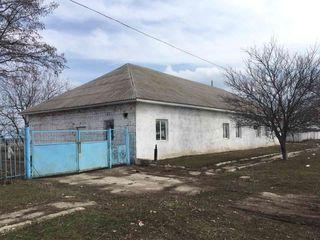 Spatii p/ru producere cu toate retelele pe teren, teren aferent in zona industriala din Drochia