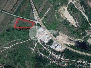 Teren destinat p/u construcție, com. Trușeni, 300 ari, 400000 € !