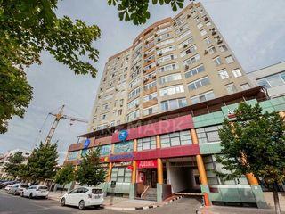 Se vinde apartament cu 3 camere,  sect. Centru 79900 €