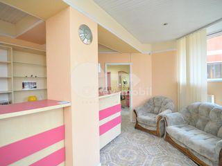 Afacere activă spre chirie, salon de frumusețe, Buiucani, str. Calea Ieșilor, 135 mp, 750 € !