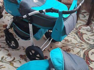 Продам коляску Fenix Teddy 2&1 мятного цвета в отличном состоянии.