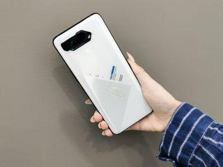 Asus ROG Phone 5 credit 0%! Livrarea gratuita!