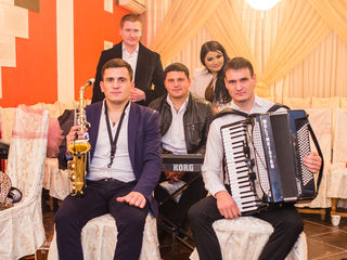 """Formatia"""" Roua Nistrului"""" -Muzică pentru evenimente !!! (Nunti,cumetrii,banchete, aniversari.)"""