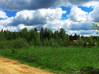 Cumpar teren in Durlesti (linga tolciokul vechi) pina la 25000 euro