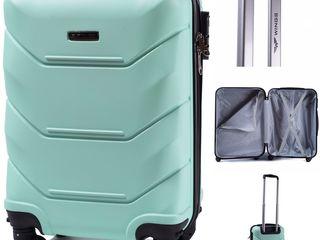 Valiza pt bagaj de mana din polycarbonate, flyone, wizz air, air moldova, turkish airlines, tarom