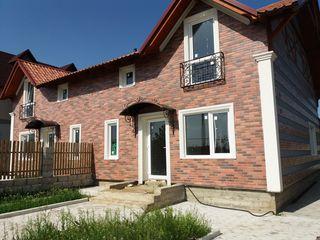 Se vinde casa de tip duplex, foarte spatioasa, 150 mp, in Colonita