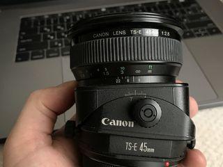 - Canon 45 2.8 T-se (Tilt-Shift)