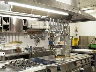 Арендуем оборудованную кухню для приготовления обедов.