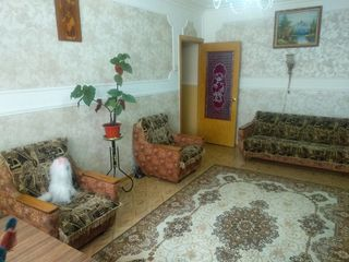 Продается 3 - комнатная квартира 67 кв.м. на БАМ-е этаж 5 из 10. Косметический ремонт, частично поме
