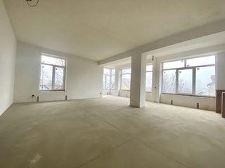 Клубный дом на 8 квартир.  1 m2. = 600 euro.