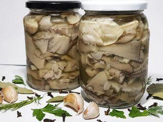 Домашние маринованные грибы вешенки! Банка 680 гр - 30 лей!