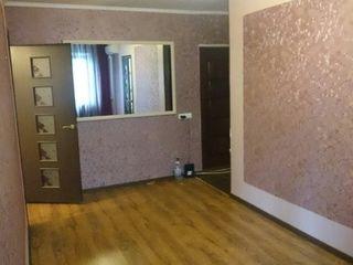 Индивидуальная перепланировка из 2 комнат в 3 комнаты. Продам с мебелью на кухне и ванной+ кондицион