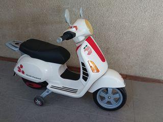 Продаю детский мотороллер (Италия)