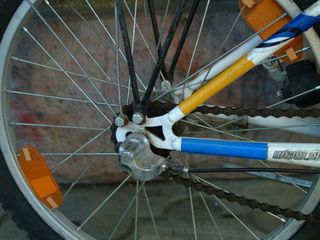 Только сегодня Продается подростковый велосипед в отличном состоянии коробка автомат1200 лей
