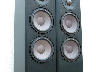 Braun LS 130. 3-х полосная, напольная акустика. Германия