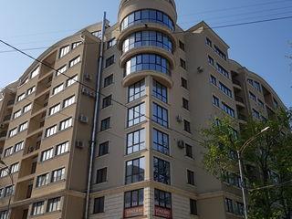 Penthouse cu terasă pe str. S. Lazo