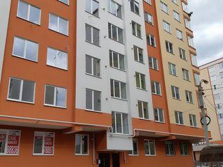 Apartament cu 2 odai separate si living in zona excelenta