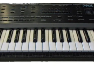 Синтезатор Roland. Sintetizator, clapa, ionica.