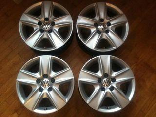 R16. 5/112    дисковые колпаки !   Volkswagen  !  Original