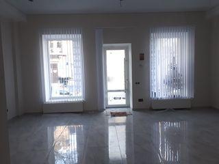 Сдача коммерческой недвижимости первый уровнь 90м2 и 185м2 офиса на первой линии!