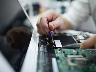 Reparatlaptop la domiciliu.Certificat de garantie.Reparatie Acer ,Asus,MSI ,HP ,Packard BELL