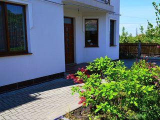 Сдается дом с 10/02/2018.   3 спальн. (100 м) в г. Кишинев в элитном районе.