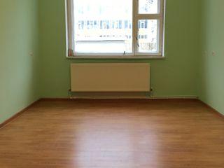 Se vinde apartament cu 2 odai la etajul 1din 5 in centrul or.Orhei