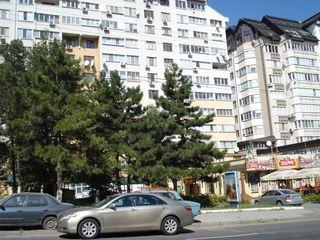 3-ком.кв, 96м2 + бонус 12м2, в новом доме, в центре Ботаники ул.К.Водэ 18/2