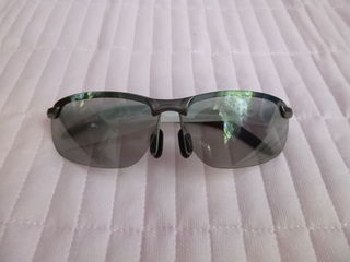Ochelari, reduc orbirea farurilor noaptea, polarizati, p-u zi-noapte/ очки снижают яркость фар.