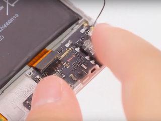 Xiaomi RedMi 5 Plus Nu se încărcă? Vino să înlocuim conectorul!