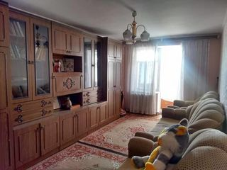 Vindem apartament cu doua odai in orasul Falseti