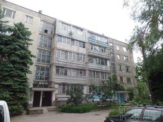Куплю квартиру на первом этаже, с коммуникациями, состояние квартиры значения не имеет