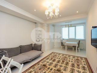 Chirie 1 cameră+living, bloc nou, reparație euro, mobilat, Centru 350 €