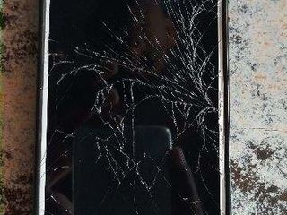 Xiaomi RedMi 7, Треснул экран -заберём, починим, привезём !!!
