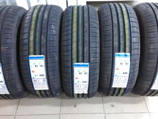 лето  Goodyear EfficientGrip Performance 215/65 R16