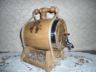 Diferite butoae , butoese, cade, inventar pentru sauna (stejar, salcim, dod, tei)