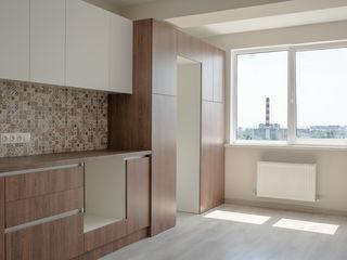 Apartament cu 3 odăi, bloc nou, telecentru Sprincenoaia