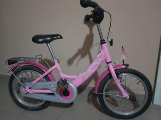 Vînd biciclete pentru vârsta 3,9 ani