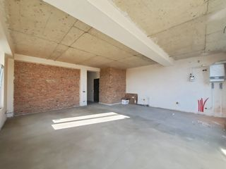 Клубный дом  -  600 €  = м2. Дом сдан в эксплуатацию !