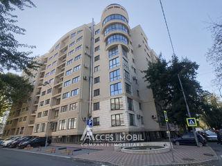 Bloc Nou! Centru, str. Serghei Lazo, 4 camere + living. Euroreparație!
