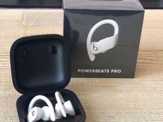 Powerbeats Pro White