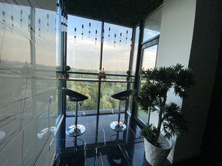 Cel mai deosebit apartament cu 1 camera + living din Chisinau, Centru, Panorama spre Dendrarium