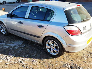 Opel Astra  H    2004- 2008